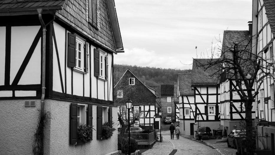 Liberale in Siegen-Wittgenstein für die Abschaffung der KAG – Beiträge