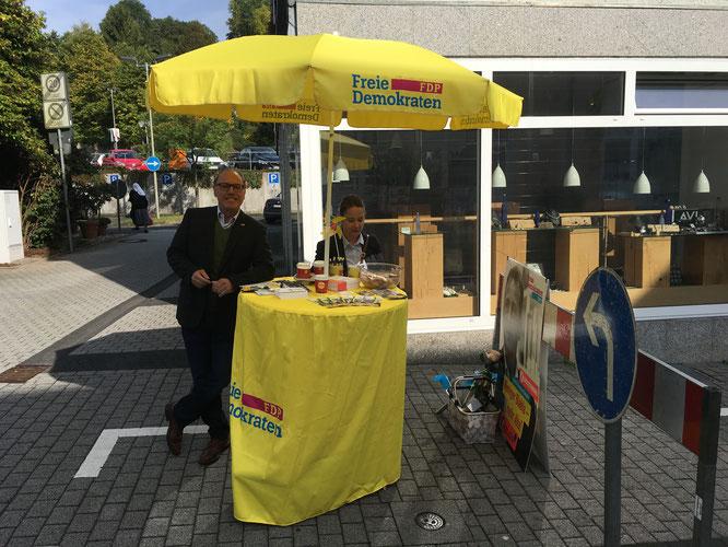 Unser Wahlstand auf dem Wochenmarkt in Freudenberg