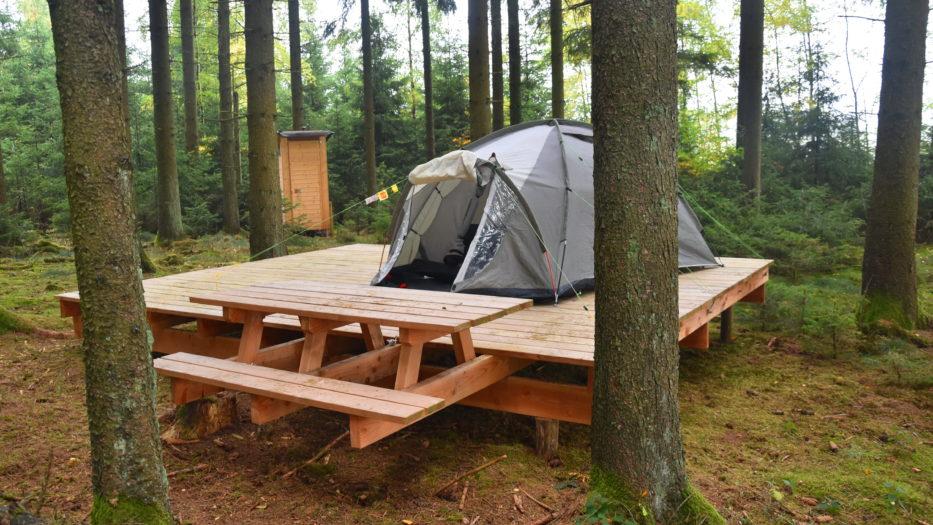 Trekking: Wandern und Zelten in SIWI als naturnahes Erlebnis