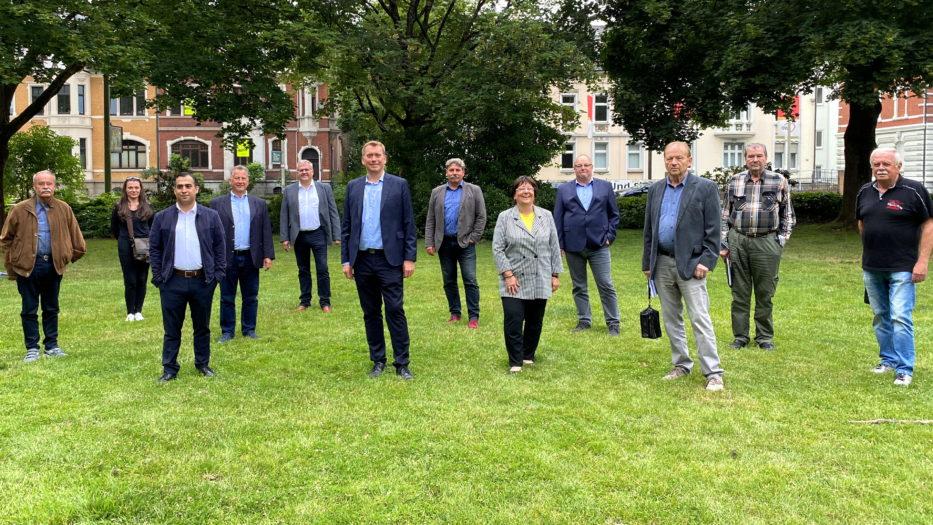 Siegen-Wittgenstein: Nüchtern mit 94 Prozent bestätigt