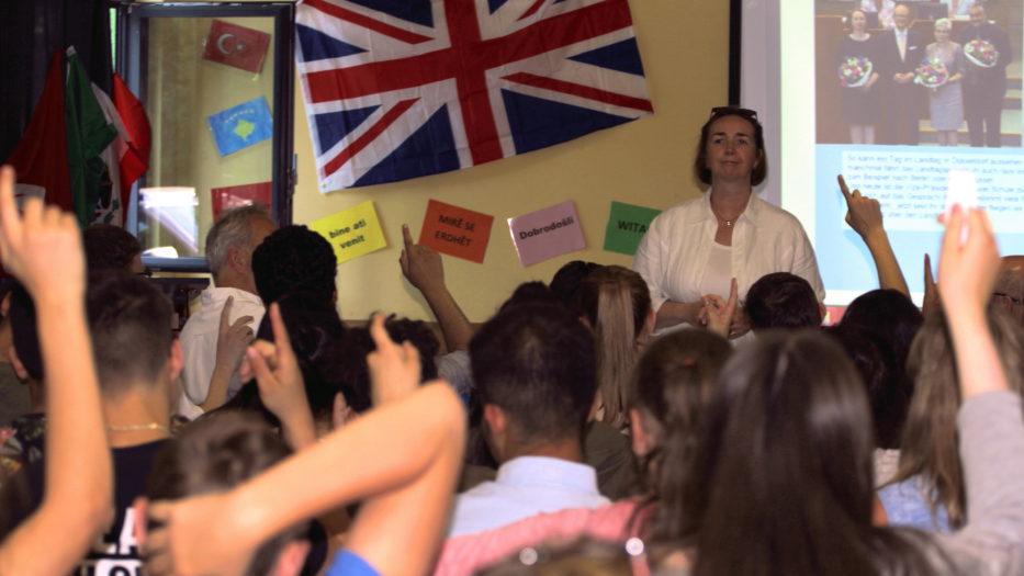 Angela Freimuth besucht Ganztagshauptschule Achenbach in Siegen