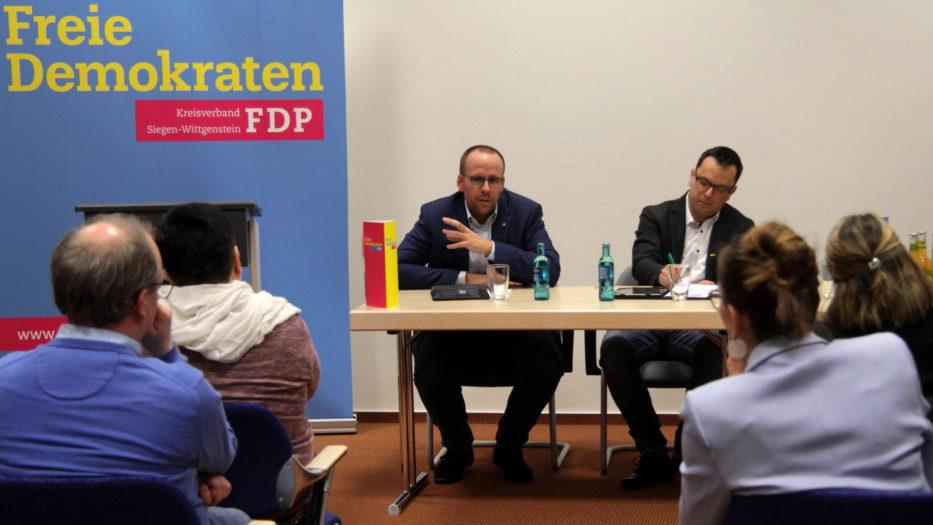 Kreuztaler diskutieren über das neue Kinderbildungsgesetz