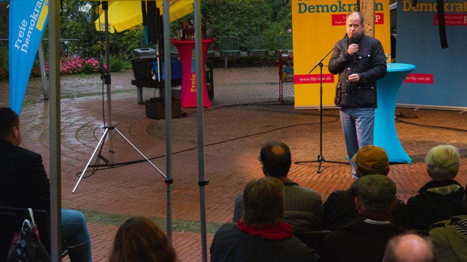 Stellvertretender Ministerpräsident zu Gast im Siegener Schlosspark